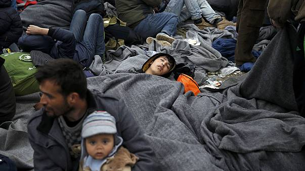 Bottleneck of thousands of migrants in Greece adds to urgency at EU-Turkey summit