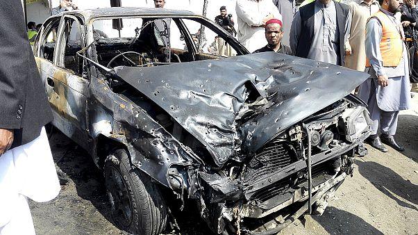 Öngyilkos merénylet Pakisztánban