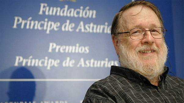 Tributes to email godfather Ray Tomlinson