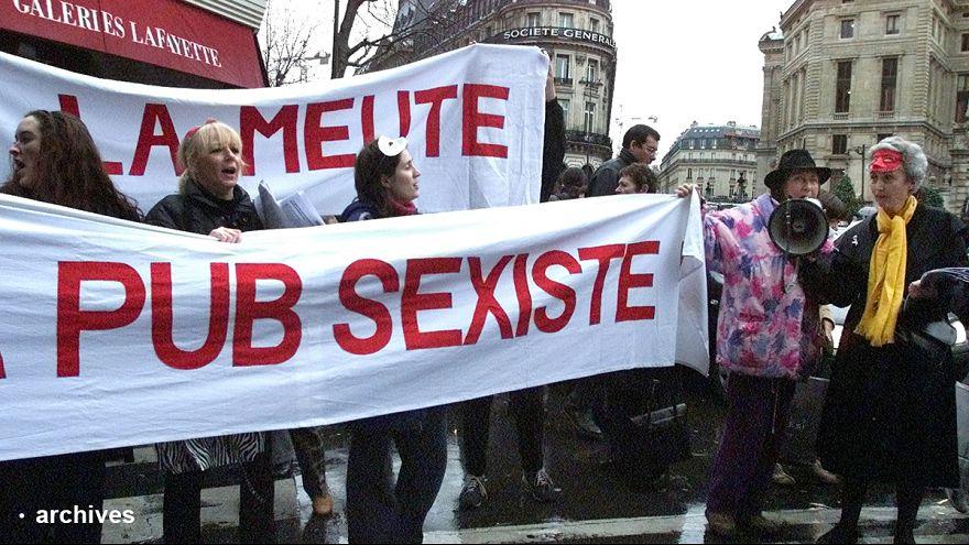 Les femmes-sandwich du 8 mars