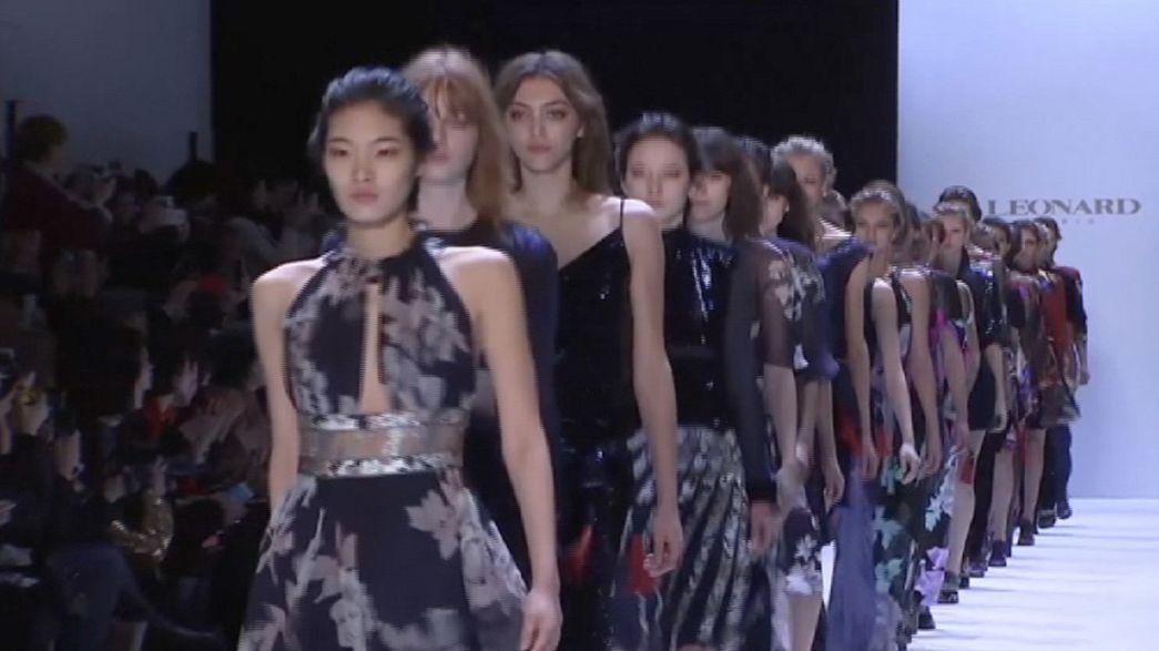 Vivienne Westwood présente sa nouvelle collection unisexe à Paris