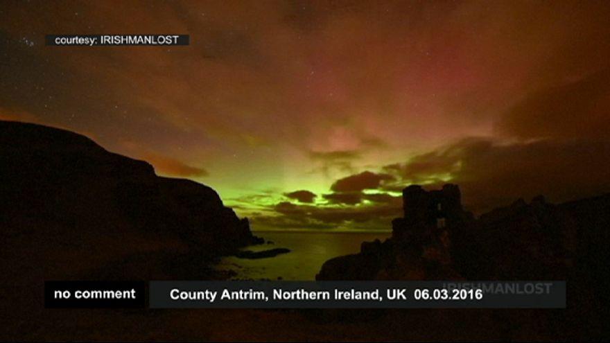 Rara aurora boreal no Reino Unido