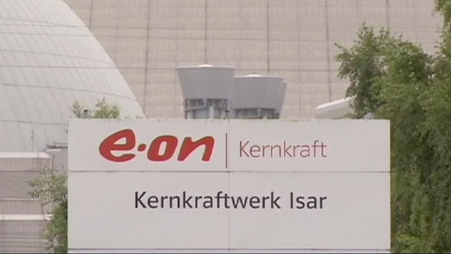Germany energy firm E.ON posts record loss again