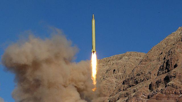 İran, 'İsrail yeryüzünden silinmeli' notuyla füze fırlattı