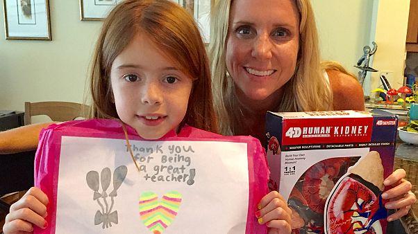 student, teacher, teacher donates kidney, Amazing news, Today,