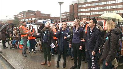 Tercera huelga del año de los médicos residentes de Inglaterra