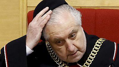 """Governo polaco desafia sentença do Tribunal Constitucional como """"ilegal"""""""