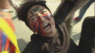 Tensión entre manifestantes tibetanos y la policía en la India