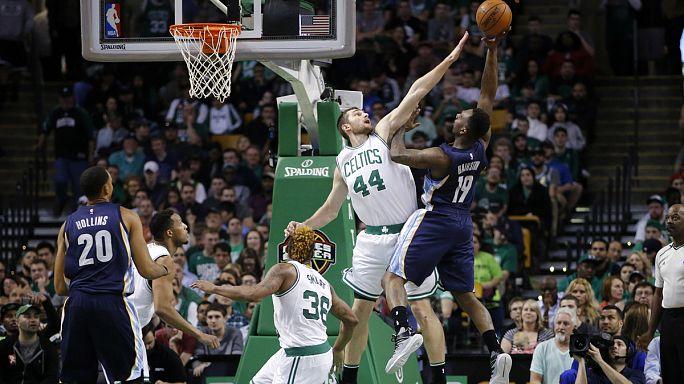 """В НБА """"Бостон"""" обыграл """"Мемфис"""""""