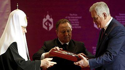 Mosca: Putin incontra il presidente serbo Nikolic