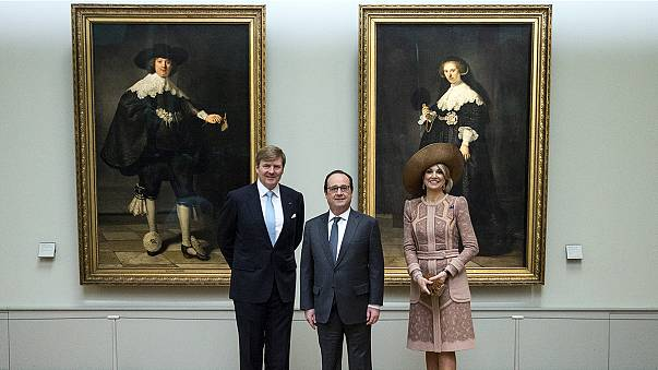 Dutch king and queen visit the Louvre museum