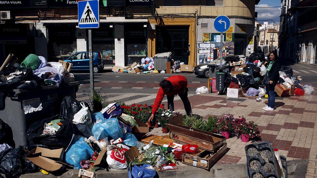 Diez días de conflicto laboral en el servicio de limpieza de Málaga, que acumula 4.000 toneladas de basura