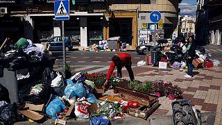 Malaga çöp altında