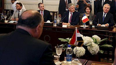 Égypte : la France engagée à relancer le processus de paix au Proche-Orient