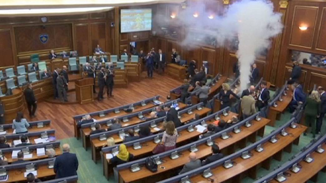 Kosovo: opposition MPs fire tear gas in ninth parliament attack in six months