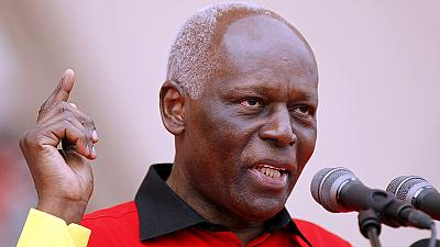 Presidente angolano anuncia saída da política ativa em 2018
