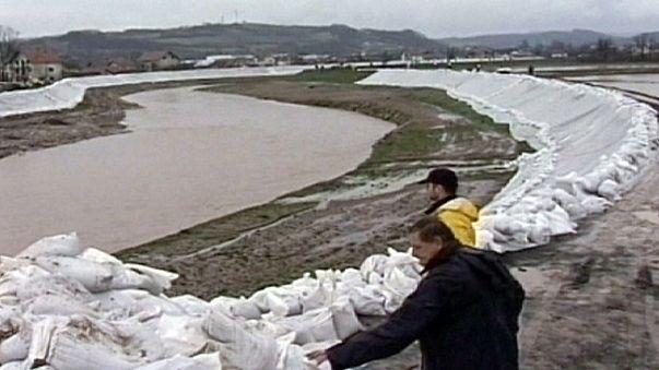 Serbien: Hochwasser-Situation angespannt - weiterer Regen erwartet