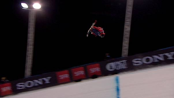 Video: Season-ending half-pipe in Tignes