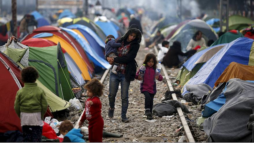 The dead end at Idomeni: thousands struggle in worsening conditions