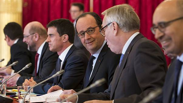 Migrant crisis takes centre stage as Hollande hosts European left leaders
