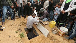 İsrail'in hava saldırısında iki çocuk öldü