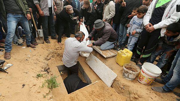 Dos niños palestinos mueren tras un bombardeo israelí en Gaza