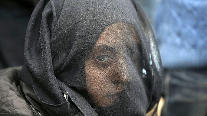 Grèce : des abris pour désengorger le camp d'Idomeni où 14 000 réfugiés sont bloqués