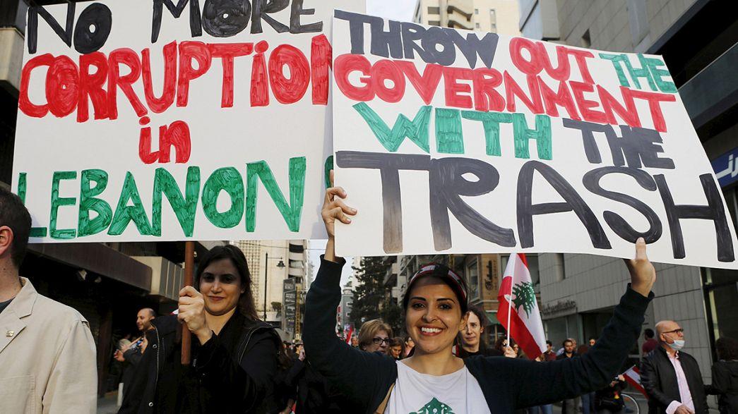 Demonstranten fordern Ende der Müllkrise im Libanon