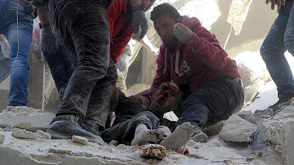 Recherche de survivants à Alep