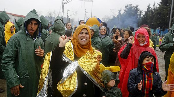Greece refugee crisis: Fears of disease as rain turns Idomeni into 'swamp'