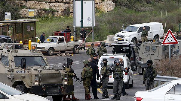 Трое палестинцев напали на израильских поселенцев на Западном берегу Иордана
