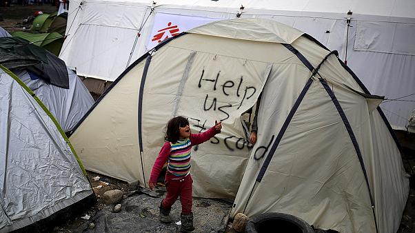 La lluvia anega el campo de refugiados de Idomeni