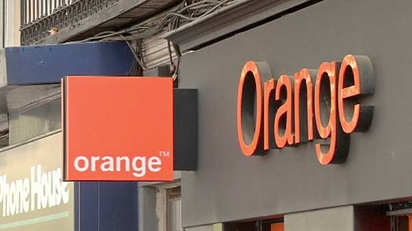 Bouygues-Orange deal 'on track'