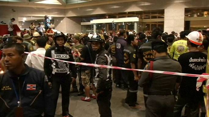 Eight dead in Thailand after bank fire system malfunctions