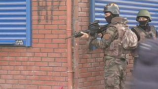 Бои в Диярбакыре вспыхнули снова после обвинений РПК в причастности к теракту в Анкаре