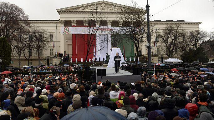 Orbán: Brüsszelt kell megfékeznünk, ha meg akarjuk állítani a népvándorlást