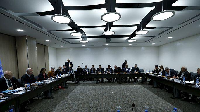 Le retrait russe de Syrie focalise l'attention à Genève