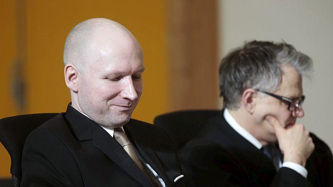 Breivik'in Nazi selamıyla mahkemede