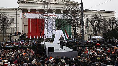 Ungheria. Orban accusa l'Europa d'aprire le porte alle invasioni barbariche