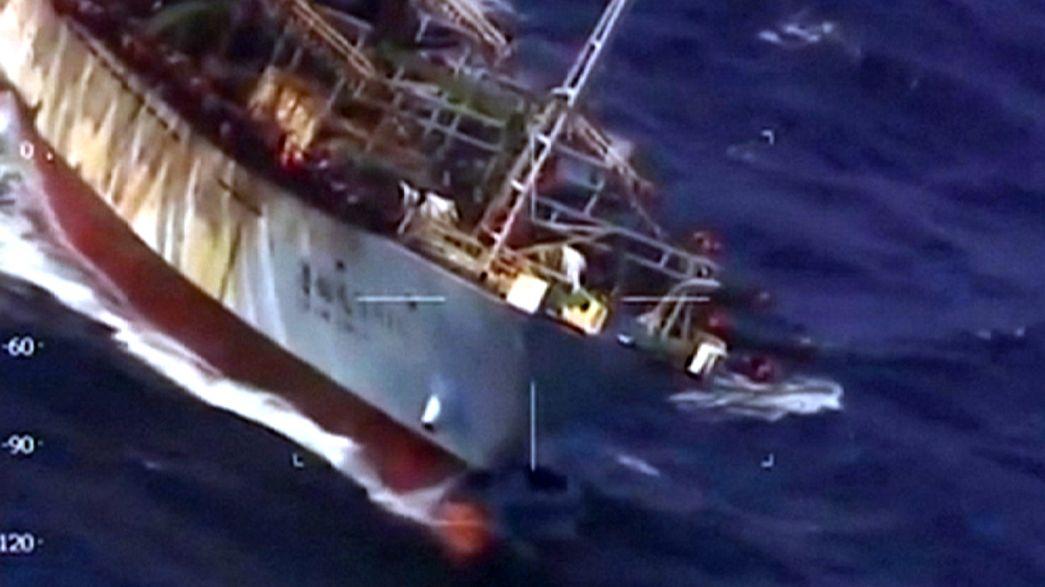 Guardia Costiera argentina affonda un peschereccio cinese