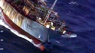 Argentin vizeken halászó kínai hajót küldtek a hullámsírba