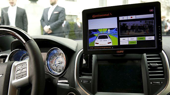 Google sürücüsüz otomobilleri için yasal düzenleme istedi
