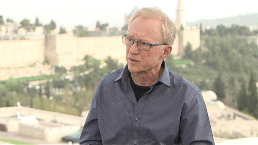 """David Grossman: """"Netanyahu es un criminal de la paz"""""""