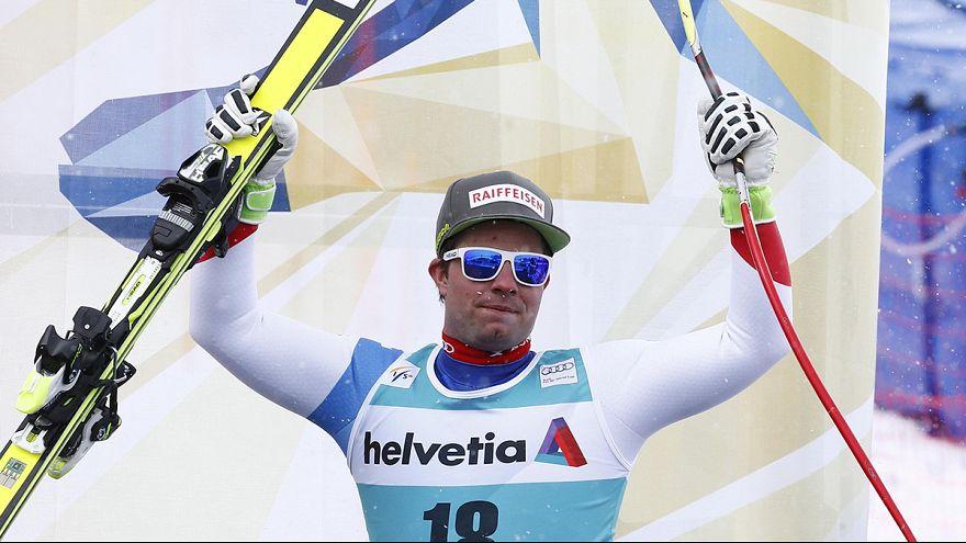 Beat Feuz vence em St. Moritz mas é Peter Fill quem faz a festa