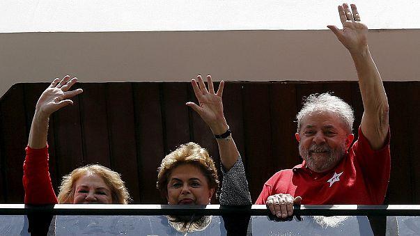 Brésil : en pleine tourmente, l'ex-président Lula revient aux affaires
