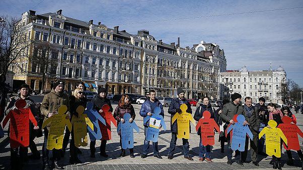 تجمع تاتارها در کی یف در دومین سالگرد الحاق کریمه به روسیه