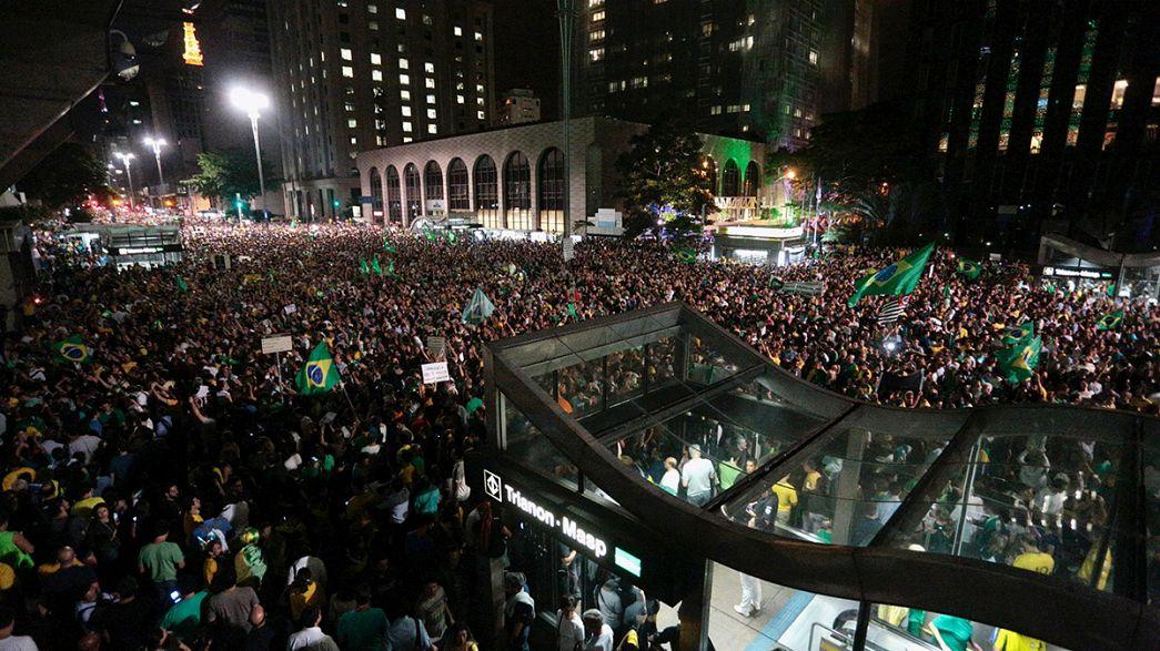 Brasilien: Abgehörtes Telefonat zwischen Rousseff und Lula löst Massenproteste aus