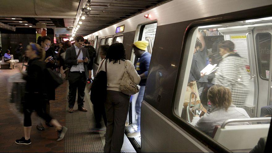 Washington'da metro durdu, trafik felç
