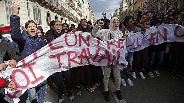 France : les jeunes dans la rue contre la loi Travail