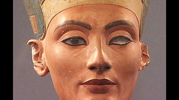 Nofretete oder nicht Nofretete? Grabkammer in Ägypten birgt Überraschung